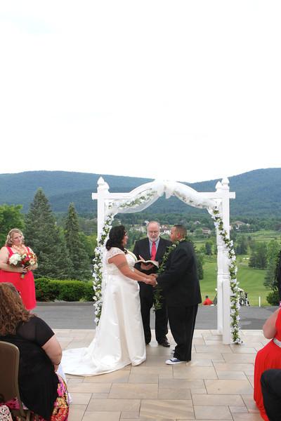 bride-goom-altar-jpg