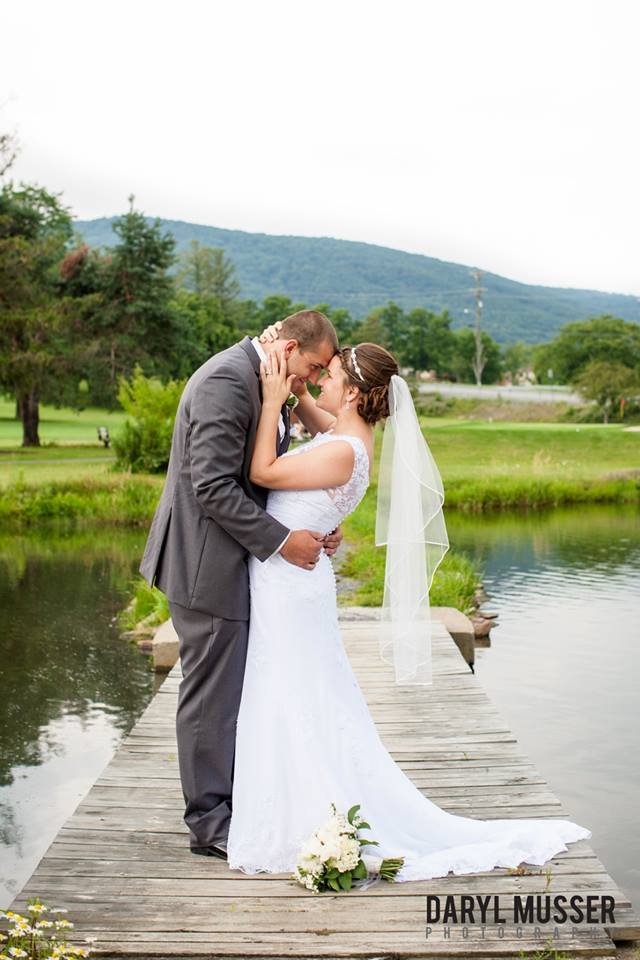 bridge-pond-wedding-pic-jpg